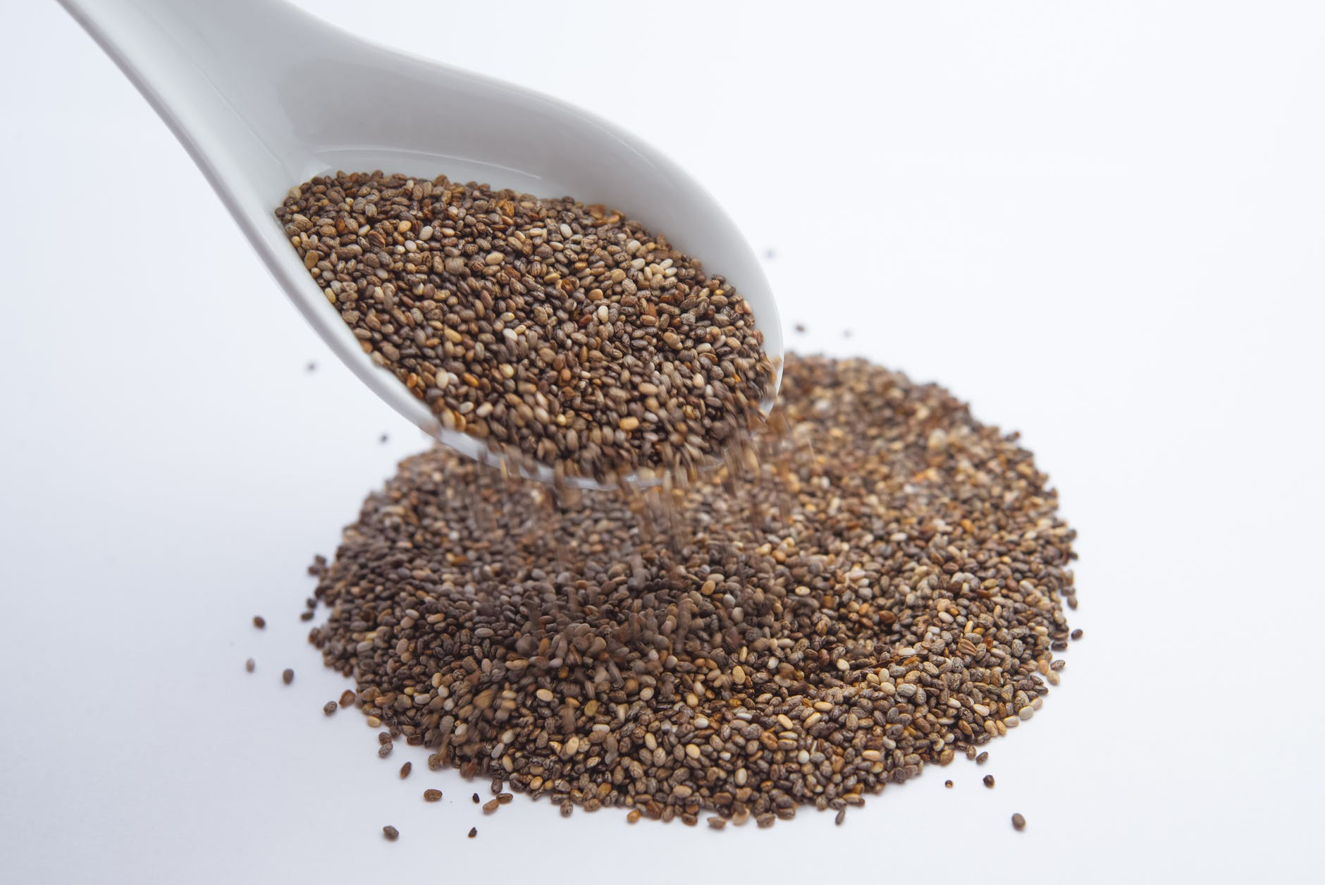 Hemp seeds with spoon