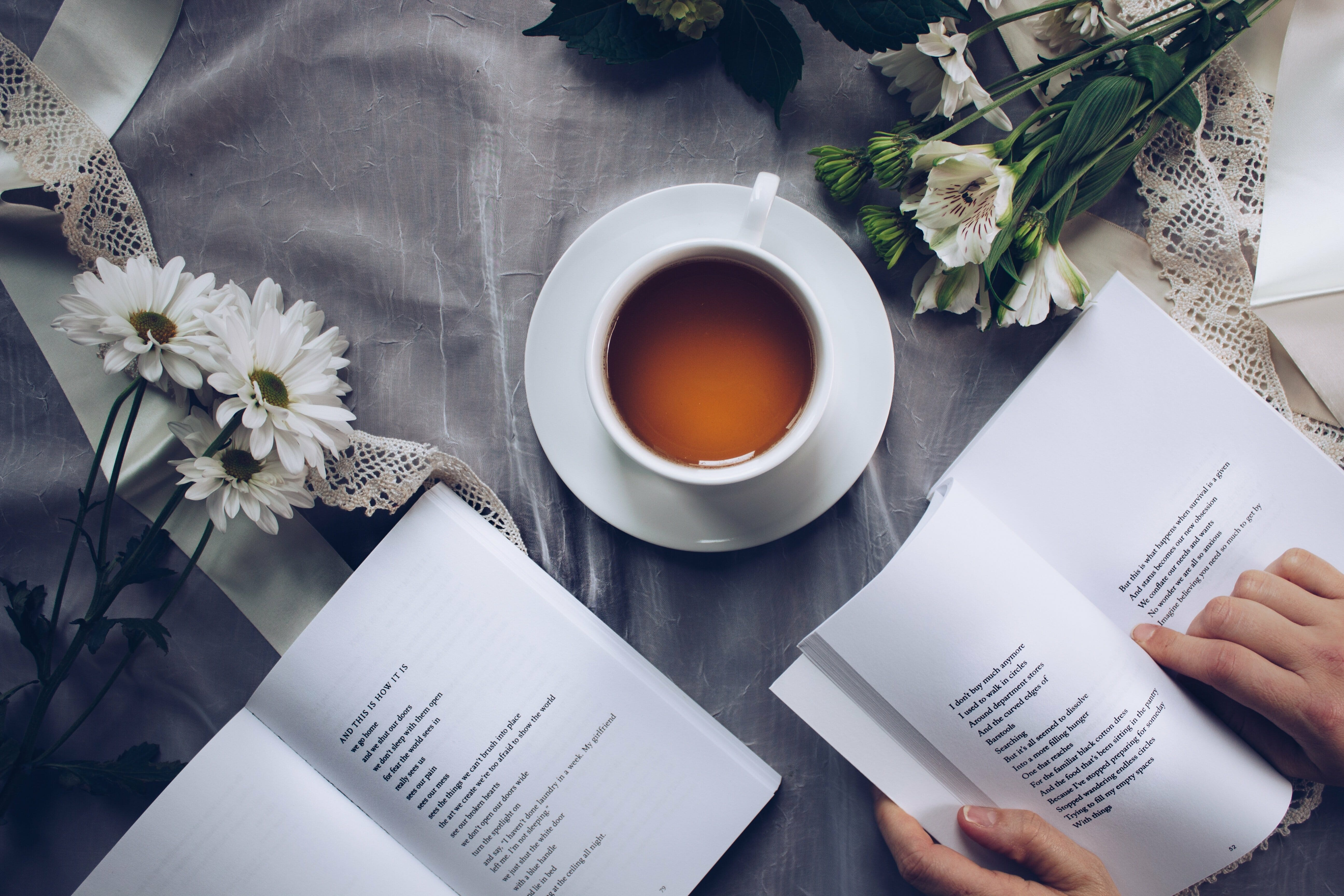 tea with books